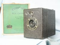 Coronet  Vintage Classic Box Camera Boxed - Nice -